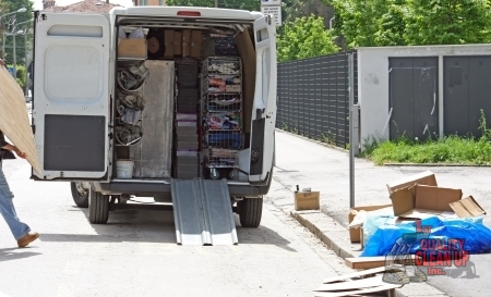 The Benefits of Trash Hauling Services for Your Home or Office